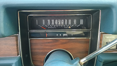 1976-cadillac-coupe-deville-speedometer-low-miles